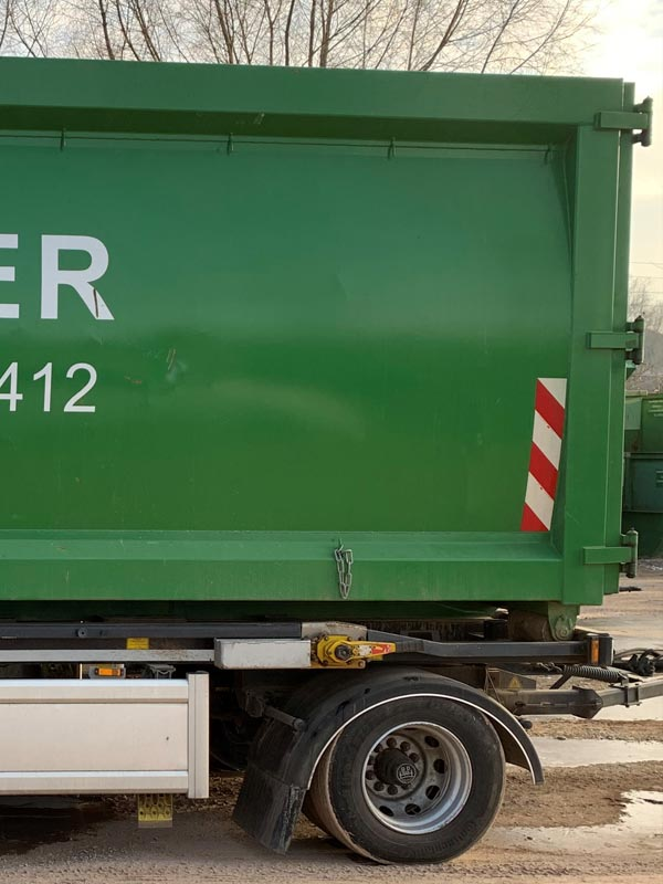 Container der firma Huber Recycling GmbH